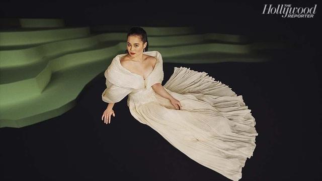 Công chúa Disney gốc Việt gợi cảm, hút mắt trong trang phục của Công Trí - Ảnh 1.