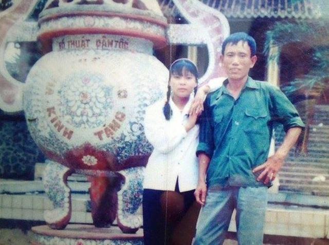 Chuyện lạ ở Hà Nội: Cụ ông U80 dùng cân đếm tiền, có 11 vợ, người trẻ nhất mới hơn 20 tuổi - Ảnh 4.