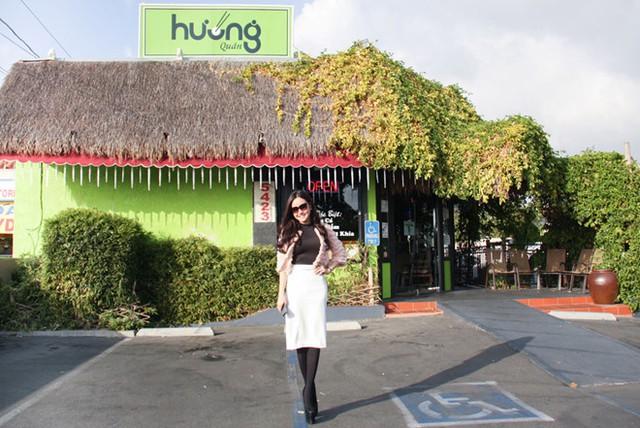 Nữ danh hài giàu nhất Vbiz Việt Hương: Cho thuê 8 căn hộ V.homes, thường xuyên thay đổi xế hộp, mua quá nhiều hột xoàn tới mức không muốn đeo - Ảnh 4.