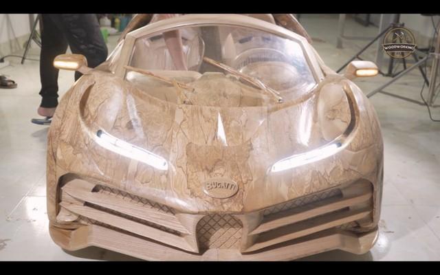 Độc nhất vô nhị: Bố trẻ dành 40 ngày làm siêu xe Bugatti Centodieci bằng gỗ tặng con trai - Ảnh 3.
