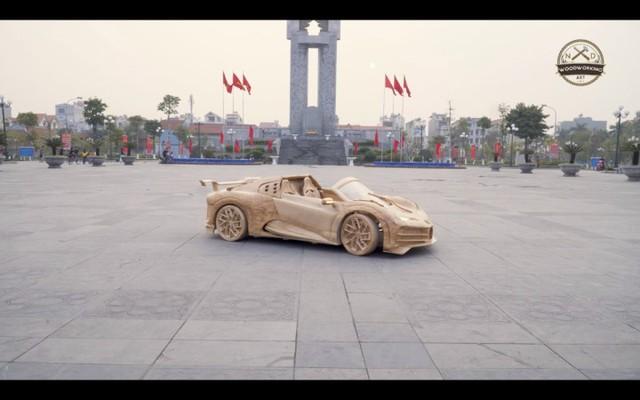 Độc nhất vô nhị: Bố trẻ dành 40 ngày làm siêu xe Bugatti Centodieci bằng gỗ tặng con trai - Ảnh 2.