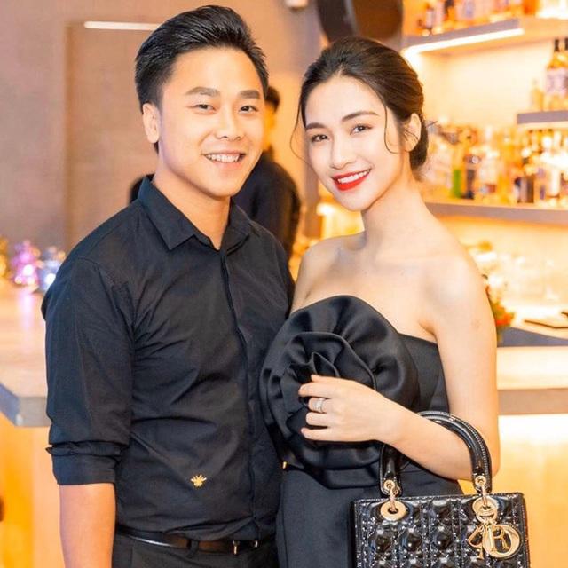 Hoà Minzy giàu có ở tuổi 26: Đại gia BĐS ngầm, tặng bố mẹ biệt thự 5 tầng, hạnh phúc bên chồng đại gia, khẳng định kiếm tiền như nước, độc lập tài chính... - Ảnh 10.
