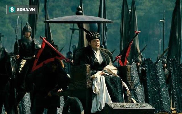 Đội quân của Tư Mã Ý xuất hiện 1 lão tướng, Gia Cát Lượng vừa nghe tin đã ngẩng mặt lên than trời: Mệnh ta đến đây đã tận! - Ảnh 1.