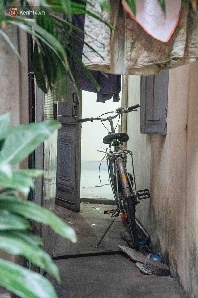 Hành trình gian nan để được cấp giấy khai sinh của người vô hình 30 năm sống ở Hà Nội: Tôi như một người ngoài lề xã hội - Ảnh 8.