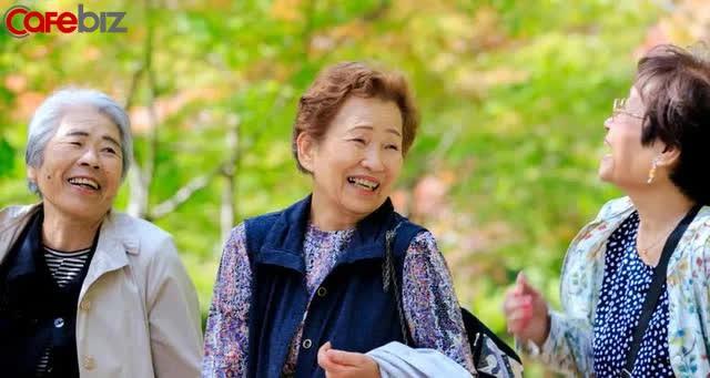Sống lâu nhờ mẹo xoè bàn tay, đếm ngón tay kéo dài 5.000 năm của người Nhật: Kì diệu, dễ thực hiện! - Ảnh 1.