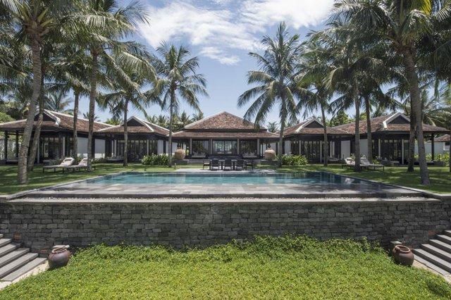 """Các resort sang chảnh bậc nhất Việt Nam bước vào cuộc đua đại hạ giá: Giảm trên 50% tiền phòng, giá """"sương sương"""" chưa tới 10 triệu đồng/đêm - Ảnh 1."""