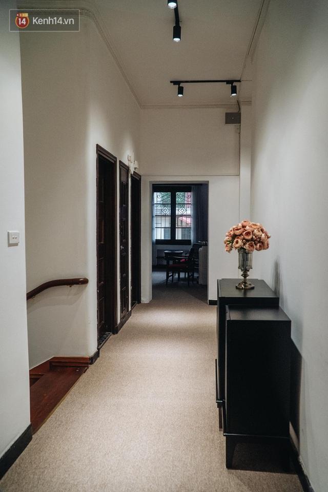 Chuyện ít người biết về căn biệt thự cổ 110 năm tuổi ở Hà Nội, có cả sàn nhảy đầm cho giới thượng lưu - Ảnh 30.