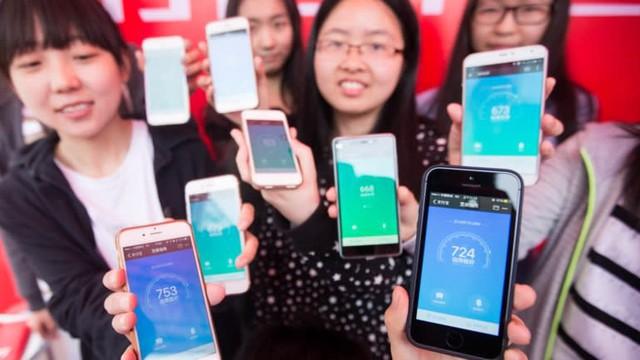 Ant Group của Jack Ma bị chỉ trích núp bóng công nghệ để hưởng lợi, dụ người dùng thành con nợ, có thể gây rủi ro cấp độ toàn cầu - Ảnh 2.
