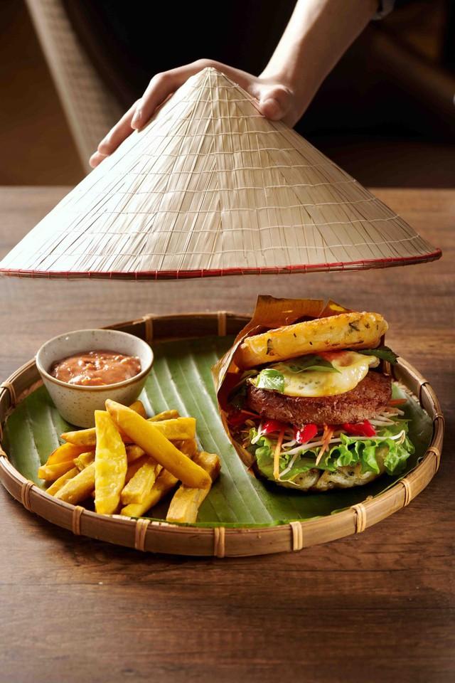Thưởng thức Burger & Bánh mì Thứ 2 với giá 10.000 đồng: Trải nghiệm ẩm thực sang xịn có 1 không 2 hút hồn thực khách  - Ảnh 3.