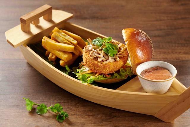 Thưởng thức Burger & Bánh mì Thứ 2 với giá 10.000 đồng: Trải nghiệm ẩm thực sang xịn có 1 không 2 hút hồn thực khách  - Ảnh 4.