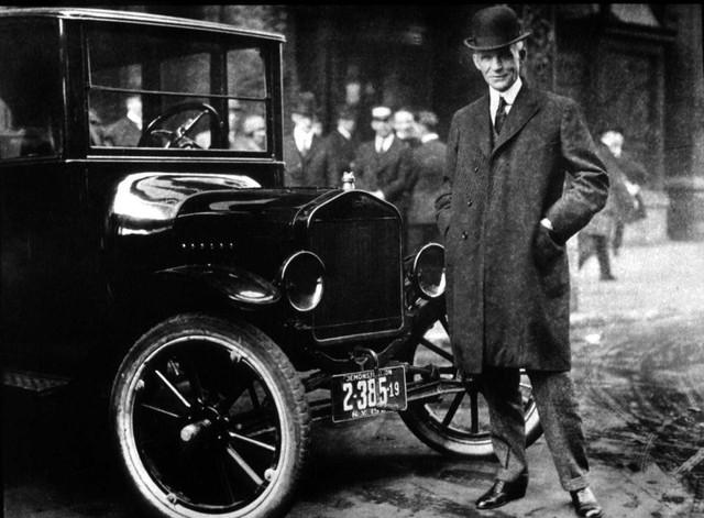 Henry Ford tới ngân hàng vay tiền và bị chế nhạo, chỉ sau một câu nói ông đã thay đổi tất cả và dựng nên một đế chế lẫy lừng - Ảnh 1.