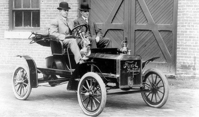 Henry Ford tới ngân hàng vay tiền và bị chế nhạo, chỉ sau một câu nói ông đã thay đổi tất cả và dựng nên một đế chế lẫy lừng - Ảnh 2.