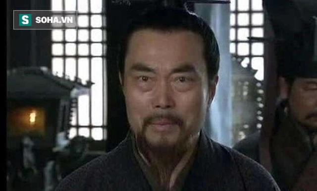 Chứng kiến mãnh tướng của mình bỏ Thục hàng Tào, Lưu Bị không ngờ đã dùng cách này để đối xử với con cháu của kẻ phản bội - Ảnh 1.