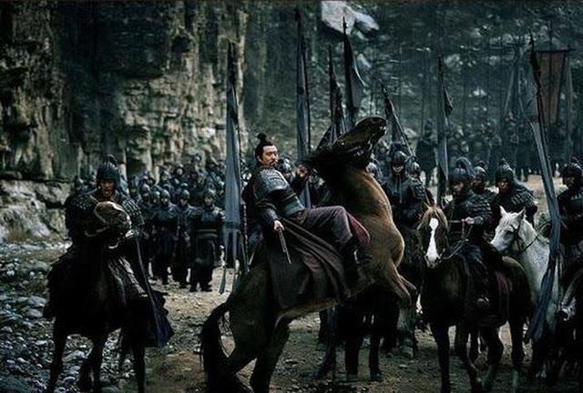 Chứng kiến mãnh tướng của mình bỏ Thục hàng Tào, Lưu Bị không ngờ đã dùng cách này để đối xử với con cháu của kẻ phản bội - Ảnh 3.