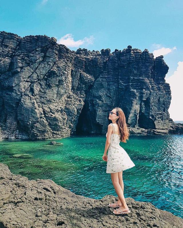 Lộ diện thêm 1 hồ bơi giữa biển đẹp xuất sắc ở Việt Nam, đến cả dân du lịch lâu năm cũng chưa chắc biết - Ảnh 8.