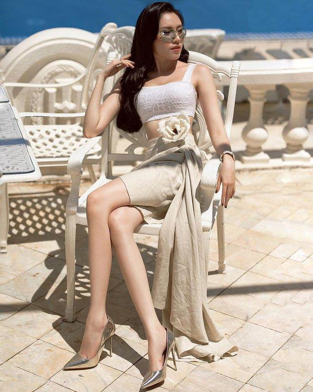 MC dẫn 3000 chữ, 75 tên riêng mà không cần kịch bản: Sinh ra từ vạch đích, từng là thủ khoa, top 15 Hoa hậu Hoàn vũ Việt Nam - Ảnh 4.