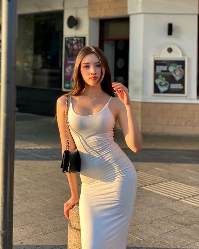 MC dẫn 3000 chữ, 75 tên riêng mà không cần kịch bản: Sinh ra từ vạch đích, từng là thủ khoa, top 15 Hoa hậu Hoàn vũ Việt Nam - Ảnh 7.