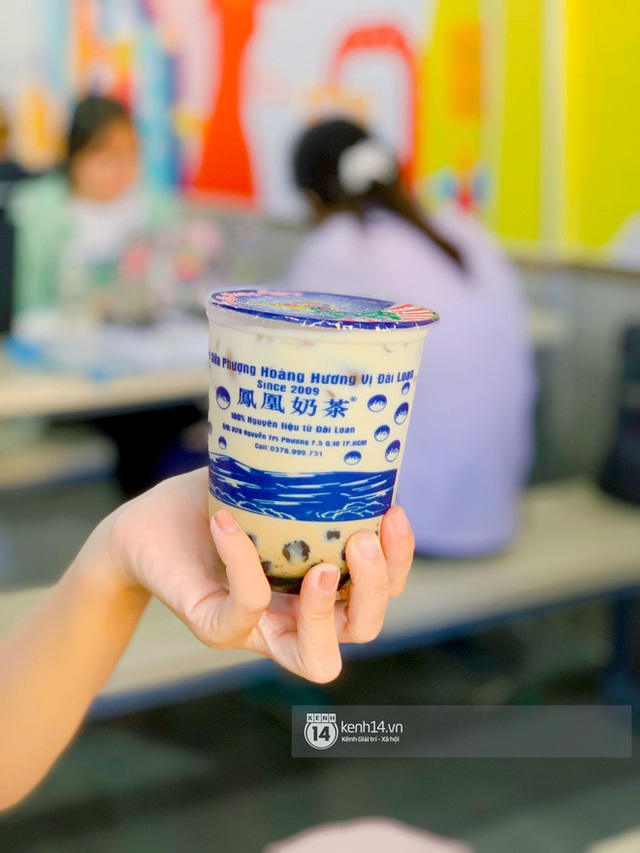 Tiệm trà sữa chảnh nhất Sài Gòn: Ai mua nhiều quá thì hổng bán, uống có ngon không mà phải xếp hàng mệt dữ vậy? - Ảnh 21.