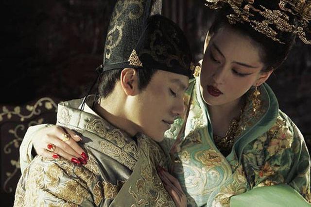 Đã bị tịnh thân, tại sao hoạn quan Trung Hoa vẫn muốn lấy vợ lớn vợ bé? Lời kể về hoạn quan Thanh triều giúp nhiều người mở mang tầm mắt - Ảnh 1.