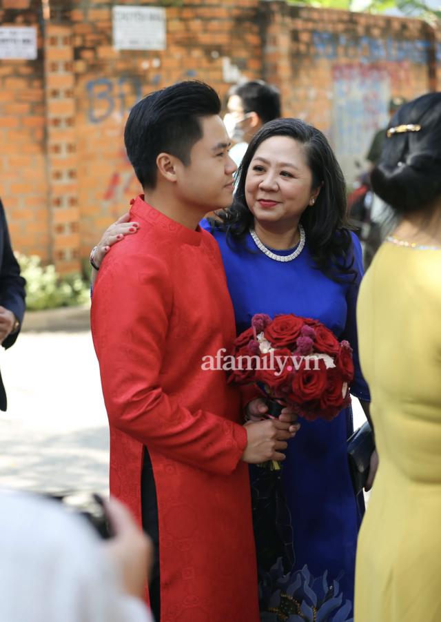 Đọ sắc những bà mẹ đại gia của hội rich kid: Bà trùm hàng hiệu Thủy Tiên sở hữu thần thái đỉnh cao, mẹ Phan Thành bí ẩn nhất Sài thành - Ảnh 28.