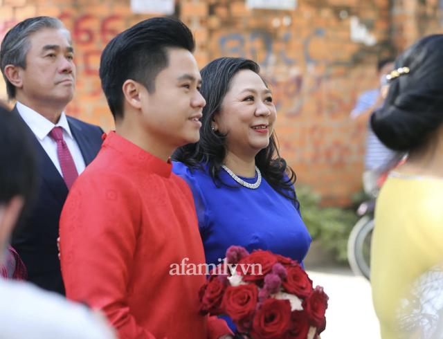 Đọ sắc những bà mẹ đại gia của hội rich kid: Bà trùm hàng hiệu Thủy Tiên sở hữu thần thái đỉnh cao, mẹ Phan Thành bí ẩn nhất Sài thành - Ảnh 30.