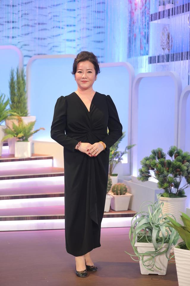 Đọ sắc những bà mẹ đại gia của hội rich kid: Bà trùm hàng hiệu Thủy Tiên sở hữu thần thái đỉnh cao, mẹ Phan Thành bí ẩn nhất Sài thành - Ảnh 8.
