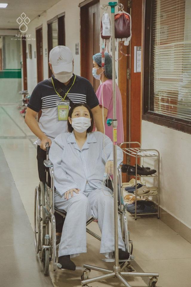 Cô giáo Hà Nội mắc ung thư ở tháng cuối thai kì, được hàng ngàn người kêu gọi hiến máu: Các bạn trẻ hãy trân trọng sức khỏe nhiều hơn - Ảnh 3.