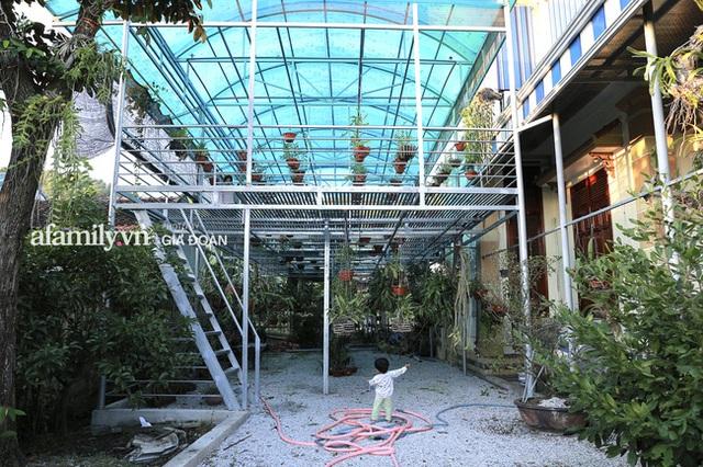 Thăm khu vườn ngập cây trái của Hoa hậu ăn mặc giản dị ngay cả khi đã đăng quang, về quê là chạy ngay ra vườn chụp ảnh check in - Ảnh 13.
