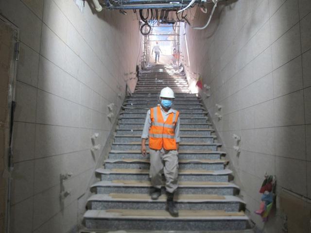 Hình ảnh cận cảnh đầu tiên về nhà ga Ba Son dưới lòng đất - Ảnh 1.