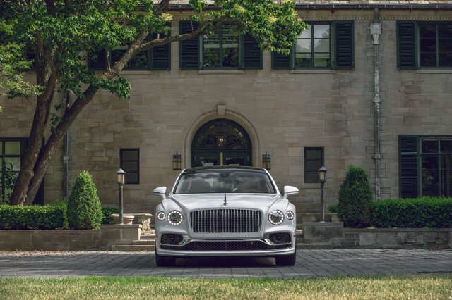 """Vì sao người có tiền thích mua xe sang? Chỉ có người nghèo mới gọi là """"xe sang"""", với người giàu, đó chỉ là một nhu cầu hết sức bình thường - Ảnh 3."""