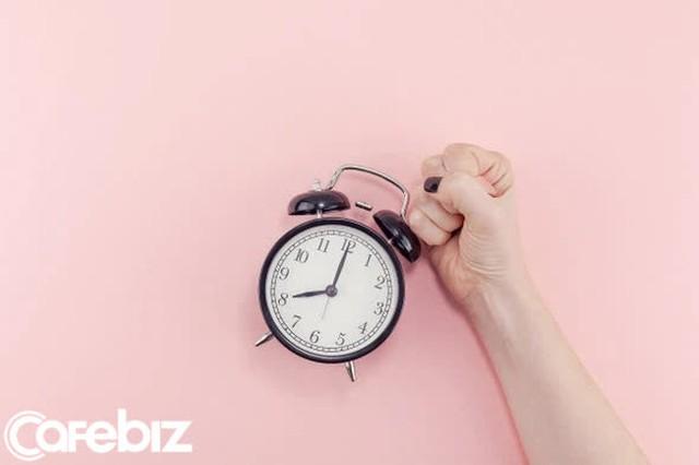 Học theo thói quen hàng ngày của Bill Gates để thành công hơn: Rửa bát mỗi tối! - Ảnh 2.