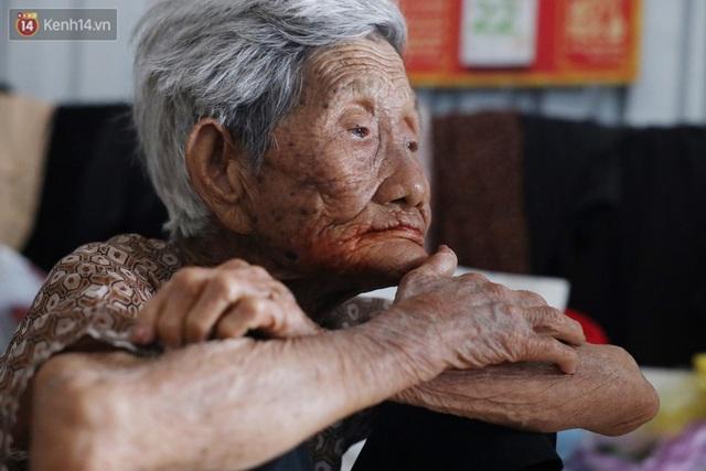 Về miền Tây nghe cụ Út hài hước kể chuyện một đời lo chữ hiếu: Tui đợi má mất thì sẽ lấy chồng, dè đâu má thọ 100 tuổi - Ảnh 4.