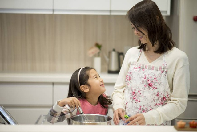 Trẻ nhỏ lớn lên trong 4 kiểu gia đình này thường rất tự tin, tương lai tiền đồ dễ xán lạn hơn chúng bạn - Ảnh 1.