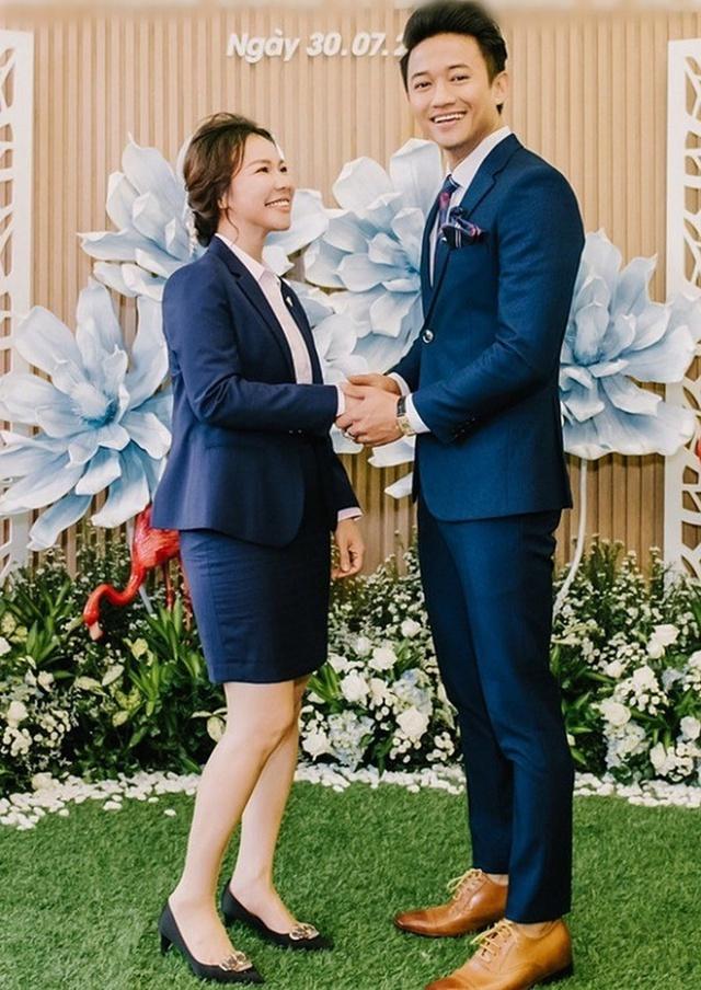 Những người vợ đại gia của giới showbiz Việt - Ảnh 4.