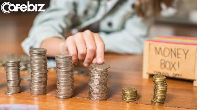 Điều triệu phú tự thân không bao giờ làm với tiền của mình: Dùng thẻ tín dụng cao cấp, hỗ trợ tài chính dù các con đã trưởng thành - Ảnh 2.