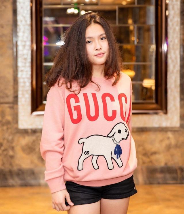 Rich kid nhà Phượng Chanel: Sinh năm 2003, hiện du học ở Mỹ, nói tiếng Anh tự tin đè bẹp... Vũ Khắc Tiệp - Ảnh 5.