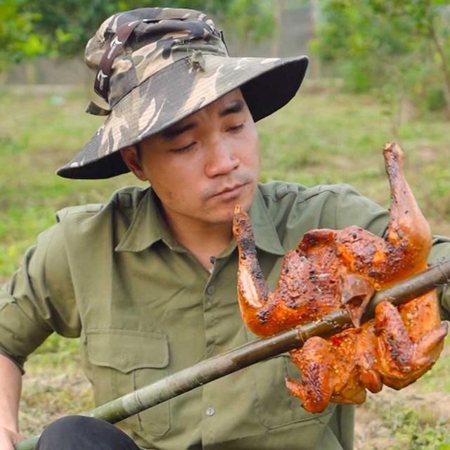 """Chân dung hot TikToker livestream chốt đơn 72 tấn cam: Tưởng """"anh nông dân"""" thực ra là đầu bếp, lập kênh TikTok 1 tháng đã có hơn 10 triệu like - Ảnh 5."""
