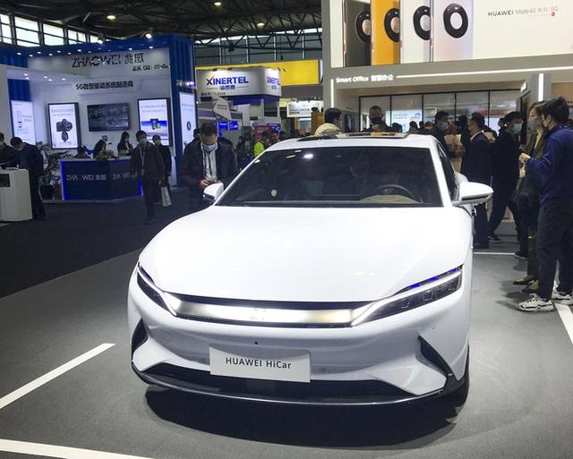 Huawei đầu tư 1 tỷ USD vào công nghệ xe điện và tự lái, tuyên bố đã vượt Tesla ở một số lĩnh vực - Ảnh 1.