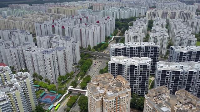 Lý do Singapore không bao giờ xảy ra bong bóng BĐS: Chính phủ trở thành tay to đầu cơ, thâu tóm 90% đất đai, xây nhà bán lại cho dân - Ảnh 3.