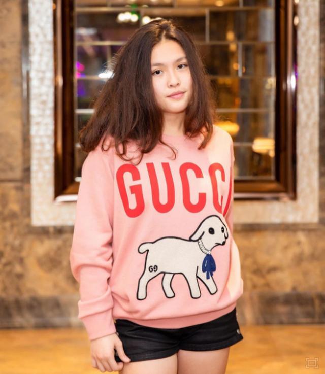 Con gái cả nhà Phượng Chanel: Rich kid đồ hiệu thứ thiệt, du học trường đắt bậc nhất nước Mỹ, học phí 1,5 tỷ đồng! - Ảnh 2.