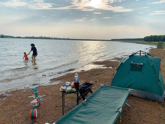 Nếu muốn thử Camping mà chưa biết chọn nơi nào để cắm lều thì đây là những địa điểm vừa hot lại đẹp từ Nam ra Bắc phải thử đến 1 lần - Ảnh 26.