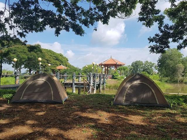 Nếu muốn thử Camping mà chưa biết chọn nơi nào để cắm lều thì đây là những địa điểm vừa hot lại đẹp từ Nam ra Bắc phải thử đến 1 lần - Ảnh 31.