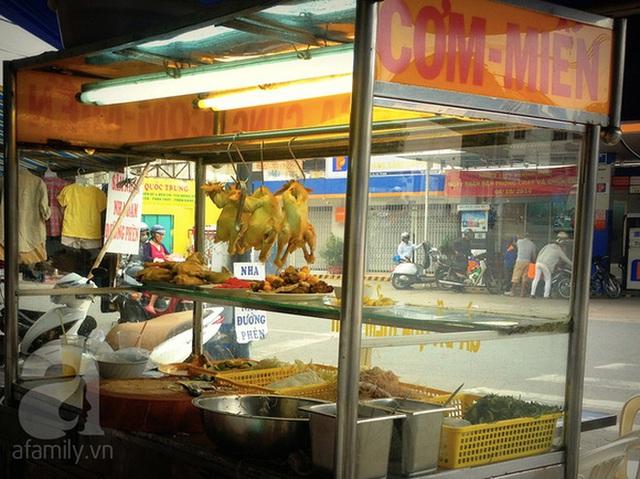Kiểm chứng lời đồn được dân tài xế taxi Sài Gòn truyền tai nhau: Cơm gà nhà Bảo Anh ngon nhất cái Quận 5! - Ảnh 6.