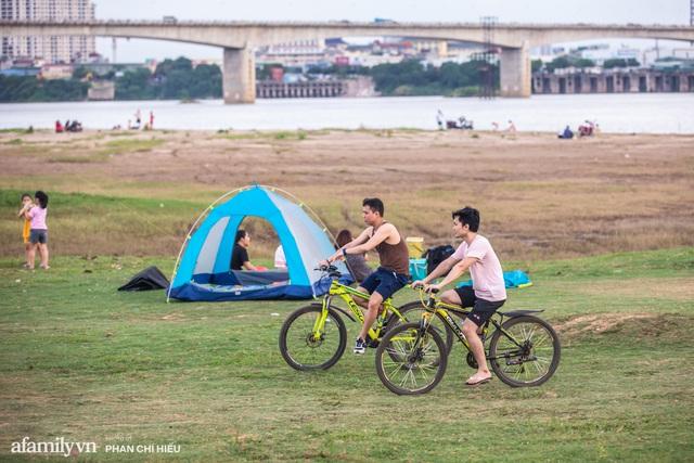 Nếu muốn thử Camping mà chưa biết chọn nơi nào để cắm lều thì đây là những địa điểm vừa hot lại đẹp từ Nam ra Bắc phải thử đến 1 lần - Ảnh 6.