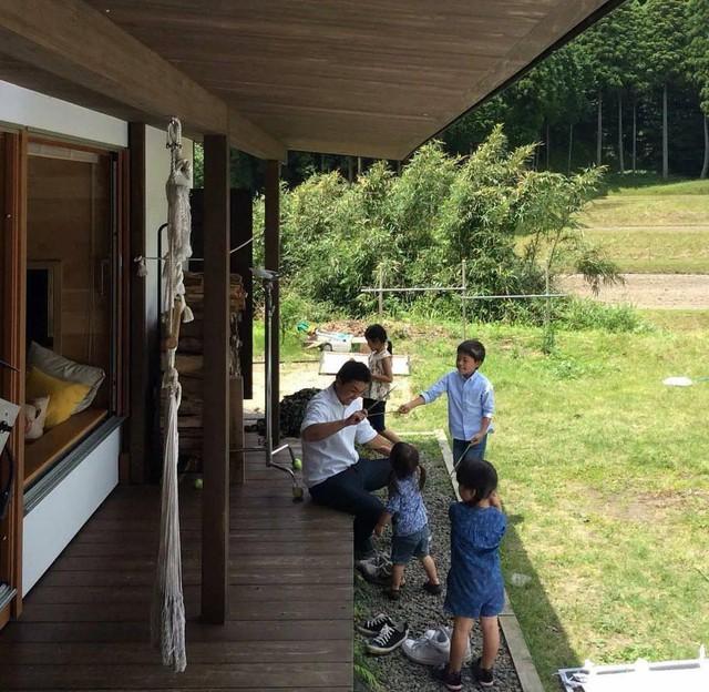 Từ thành phố chuyển về nông thôn ở nhà gỗ, gia đình Nhật Bản biến cuộc sống bình thường trở thành thiên đường! - Ảnh 24.