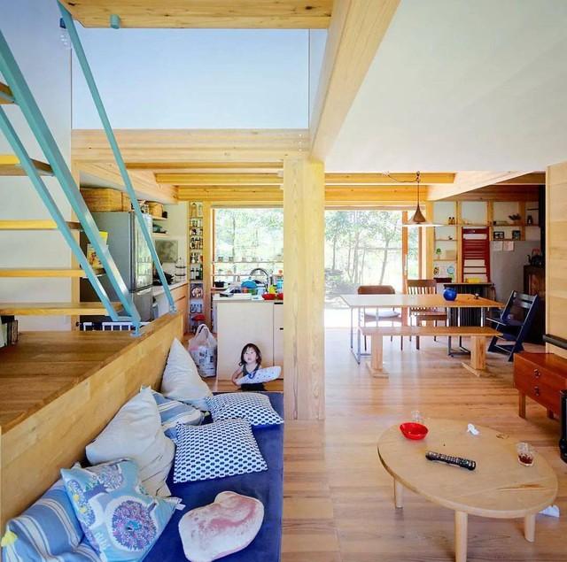 Từ thành phố chuyển về nông thôn ở nhà gỗ, gia đình Nhật Bản biến cuộc sống bình thường trở thành thiên đường!  - Ảnh 4.