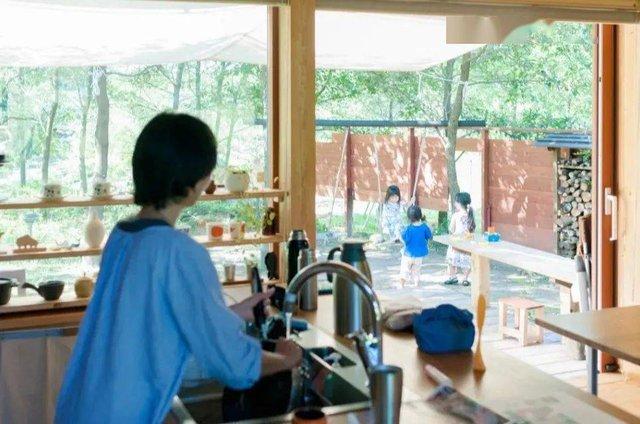 Từ thành phố chuyển về nông thôn ở nhà gỗ, gia đình Nhật Bản biến cuộc sống bình thường trở thành thiên đường! - Ảnh 6.
