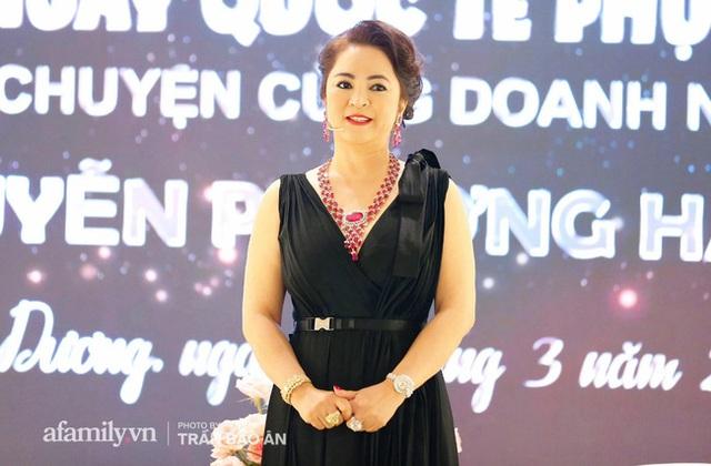 """Trang Khàn đã nói về bà Phương Hằng - vợ ông Dũng """"lò vôi"""" như thế nào mà bà livestream đối lại vẫn là con bán đồ online? - Ảnh 4."""