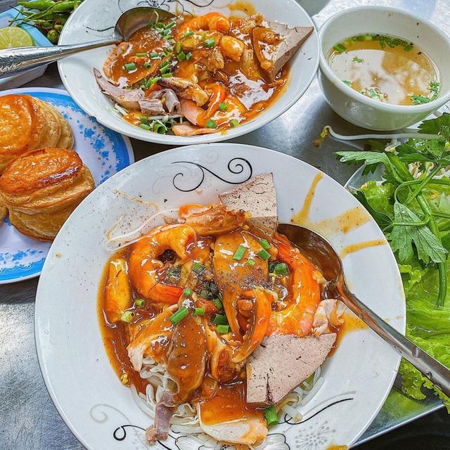 Sài Gòn có 10 quán nhìn thì bình dân nhưng giá đắt xắt ra miếng, thực khách đến ăn lần đầu đảm bảo ai cũng sốc nhẹ - Ảnh 31.