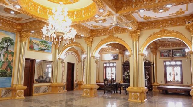 Cận cảnh tòa lâu đài 10 tỷ đồng của ông chủ lò gạch ở Hưng Yên: Tự tay thiết kế, ăn dè hà tiện mới có - Ảnh 6.